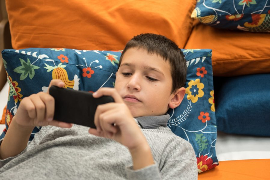 Too Much Screen Time Reflect Neuropsychology
